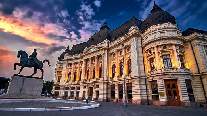 Scores of tourists venture to visit Bucharest, but leave little money