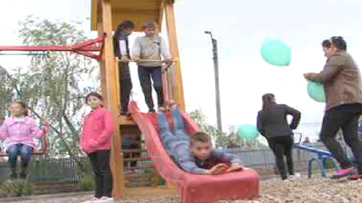 """Village of the Future"" project: Edelweiss Foundation sets new playground in Grozesti village"