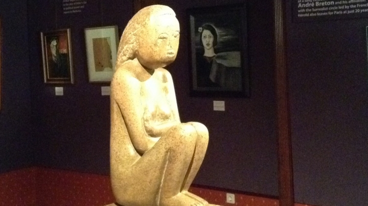 EUR100. That's how much Russian Embassy to Bucharest donated to build a Brancusi sculpture