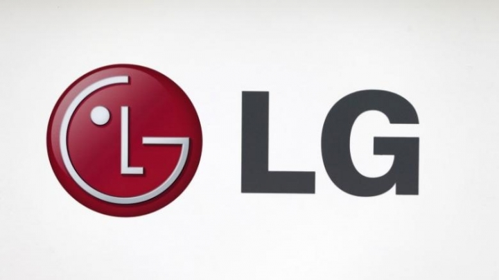 LG Electronics seeks to revive new V20 smartphone