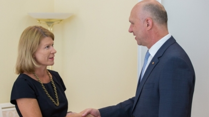 PM Filip discusses deepening bilateral cooperation with Finnish ambassador