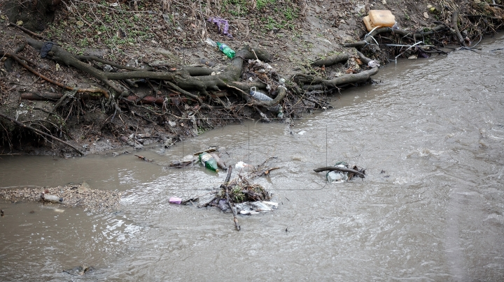 Ministry of Environment created a crisis cell to identify origin of bad smell in Chisinau region