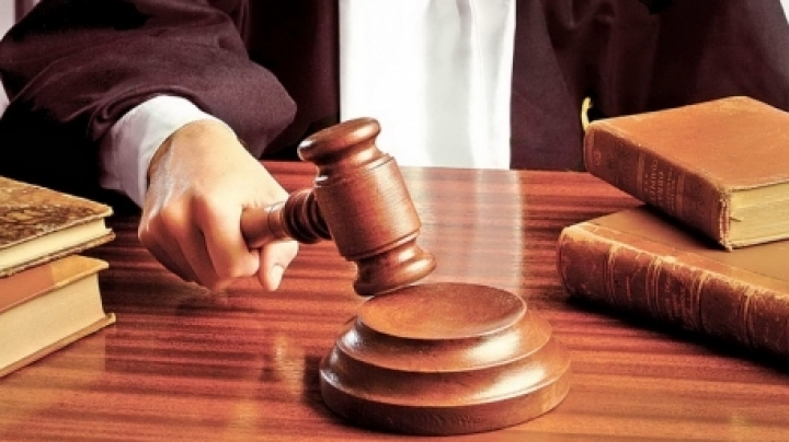 Judges involved in Russian money laundering scheme placed in custody