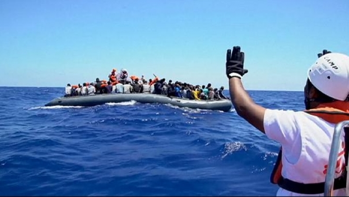 Hundreds if migrants rescued off Sicily. Thousands were taken in over weekend