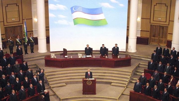 Uzbeks brace for presidential elections. Date set for December