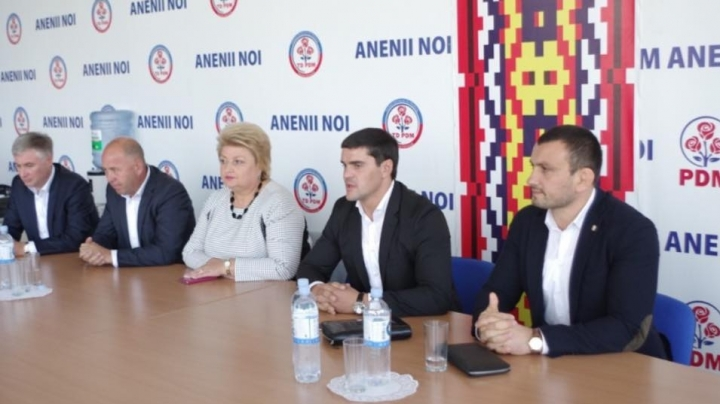 Debates on political reform in Moldova, held in Anenii Noi