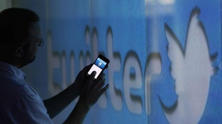 Twitter sale: Google reportedly in talks to buy site