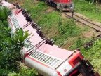 More than 70 killed, at least 600 injured in Cameroon train derailment