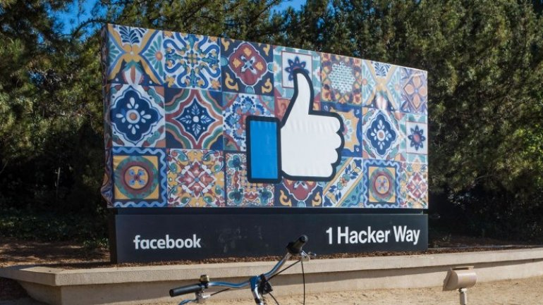 Facebook draws criticism for 'ethnic affinity' ad targeting