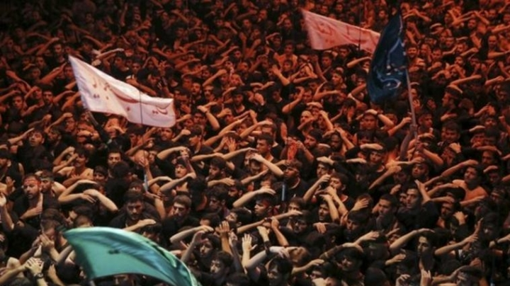 Supporters asked to mourn at World Cup qualifier between Iran and South Korea