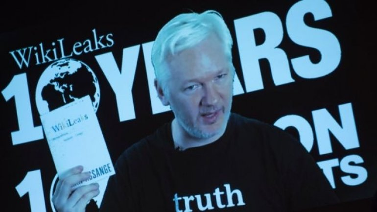 Ecuador curbs Assange's internet to halt US election 'interference'