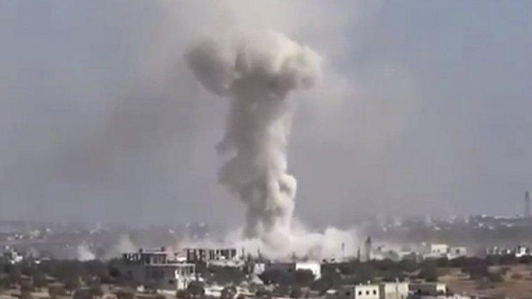 Airstrikes hit school complex in northwest Syria killing 16 children