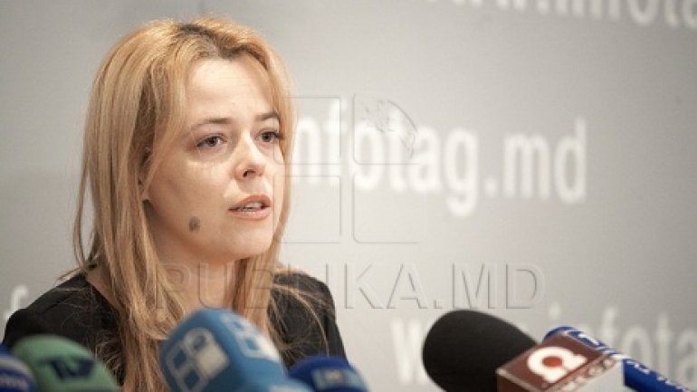 Ana Ursachi left country to seek protection from Frankfurt oligarchs and Moscow bandits