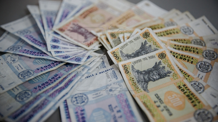 Revenues registered by Customs Service in state budget during a week