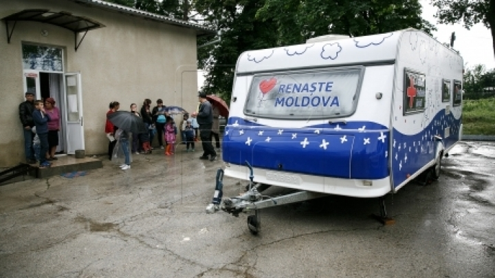 Moldova's Rebirth Campaign in Ulmu village. Dozens of children were examined by doctors for free