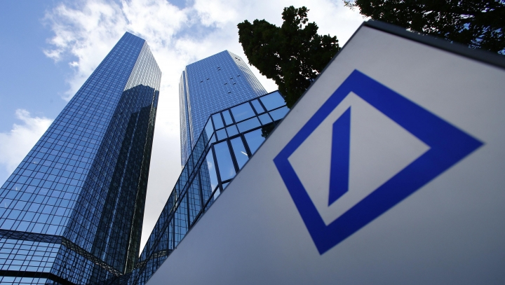 Deutsche Bank shares plunge as no agreement is reached with U.S. authorities