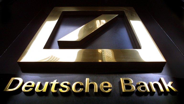 Deutsche Bank rumored to start bleeding thousands of jobs world-wide