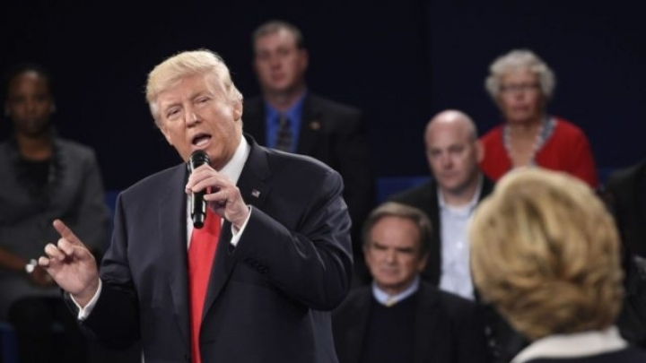 Donald Trump embarrasses America again in front of entire world during second debate