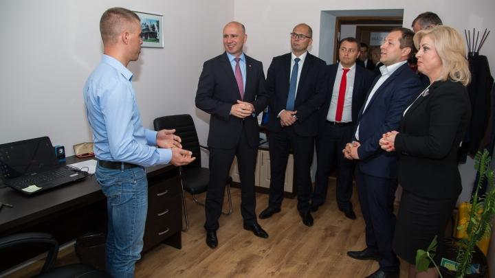Moldova Business Week 2016: Prime Minister meets small entrepreneurs in Nisporeni