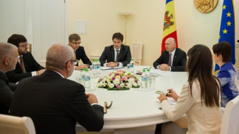 Prime Minister Pavel Filip held meeting with administration of Veolia company