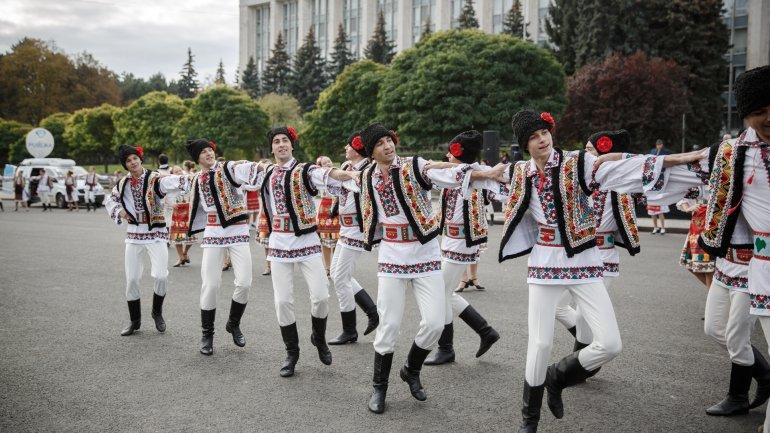 Scores of Moldovan localities, Capital mark day of patron saint (PHOTO GALLERY)