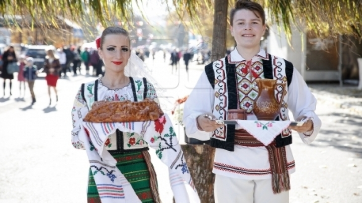 Final preparations for City Day in Chisinau