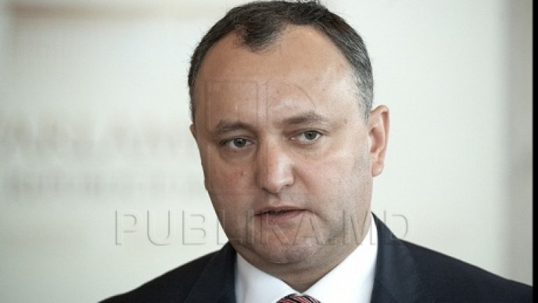 Igor Dodon calls for national unity from both sides of political spectrum