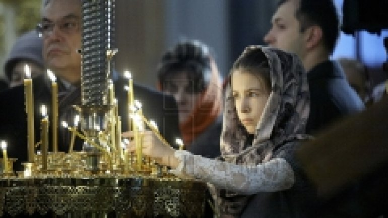Christians from Chisinau celebrate most important orthodox holiday
