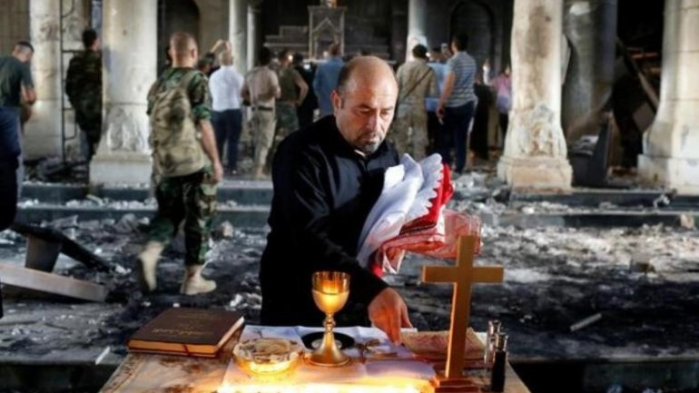 Freed from ISIS, Christians near Mosul start serving first mass in months