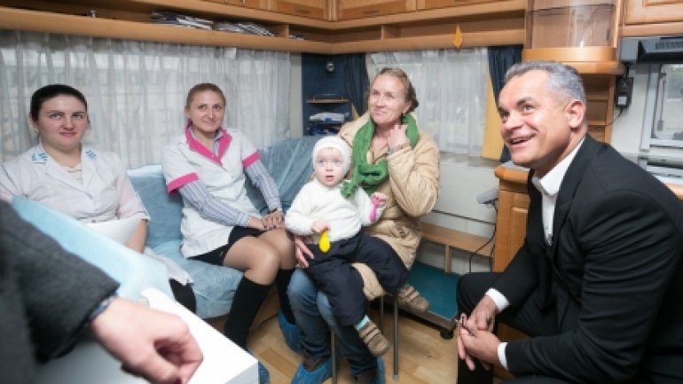 "Vlad Plahotniuc: ""We'll provide free medical examinations to village children as long as it's needed"""