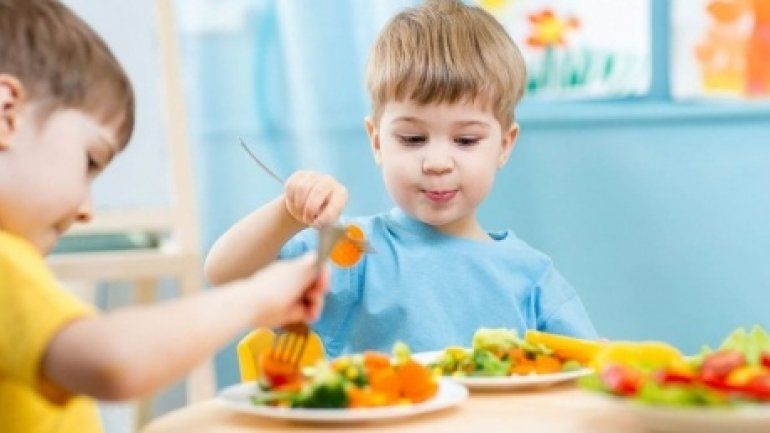 Nursery managers find it difficult to provide healthy meals to infants