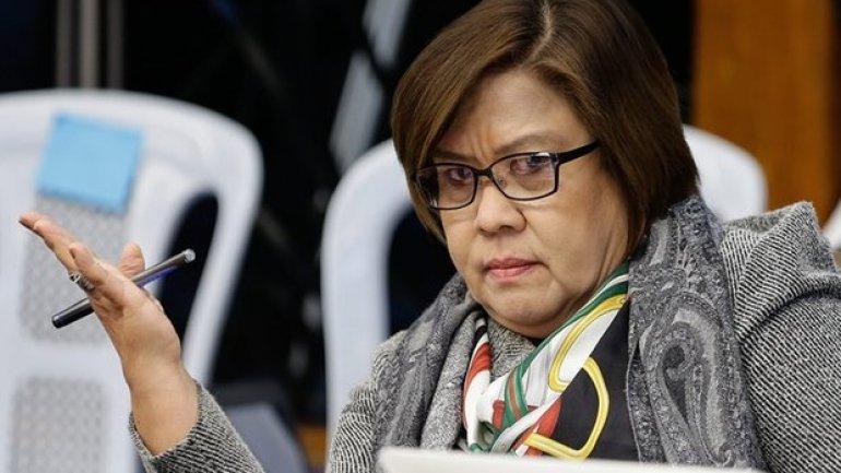 Philippines senator calls for international investigation on Duterte over his war on drugs