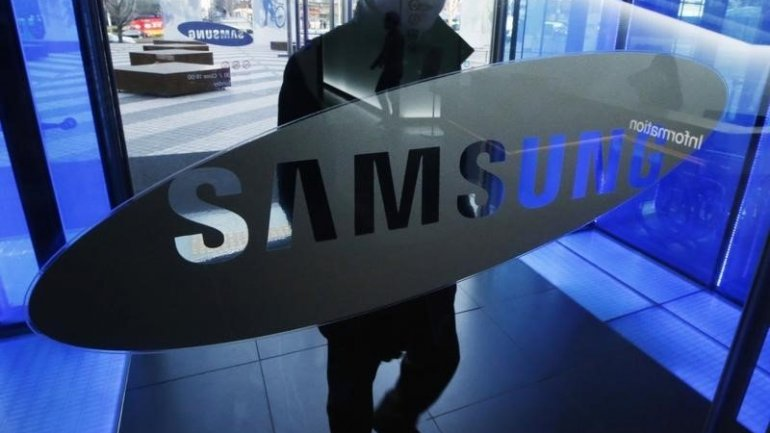 Samsung admits losses, reviews revenues for Q3