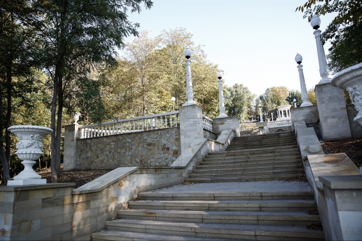 Waterfall Stairs at Valea Morilor on eve of its inauguration (Photos)