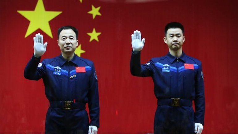 China to launch two-man space mission on Monday, 17 October 2016