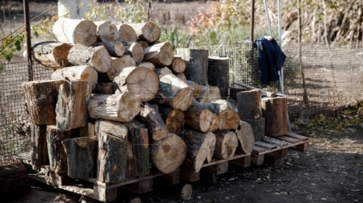 People in villages begin winter preparations
