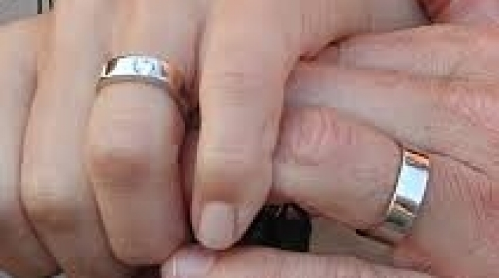 Woman accidentally marries her grandfather, but says too late to unlock wed
