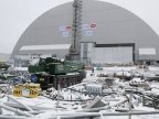 Chernobyl disaster site enclosed by shelter to prevent radiation leaks (VIDEO)