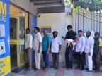 India rupee ban: Film star Ravi Babu takes piggy to bank