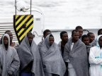 Almost 500 migrants reach Italy, more deaths reported at sea