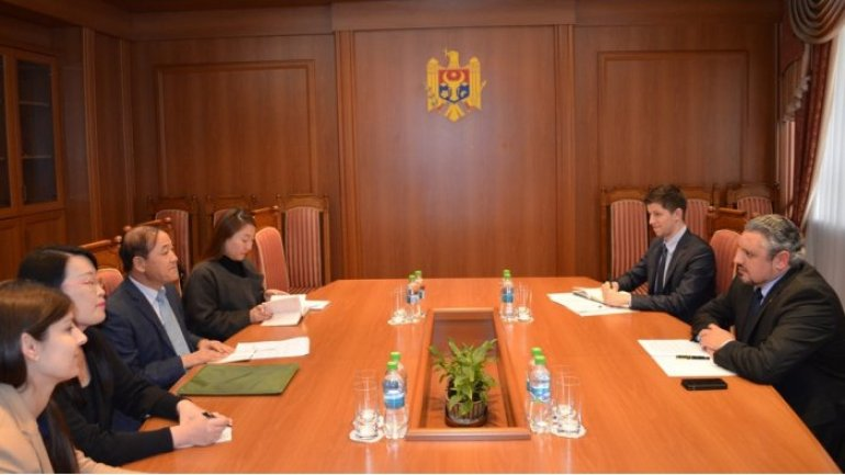 Moldovan foreign minister receives Ambassador of  South Korea