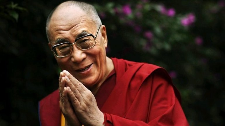 """Dalai Lama: """"I have no worries"""" about Donald Trump's election"""