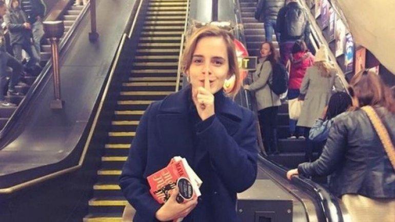 Harry Potter star Emma Watson leaves books on London Underground