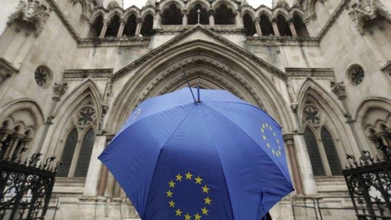 Brexit: High Court judges to give legal verdict