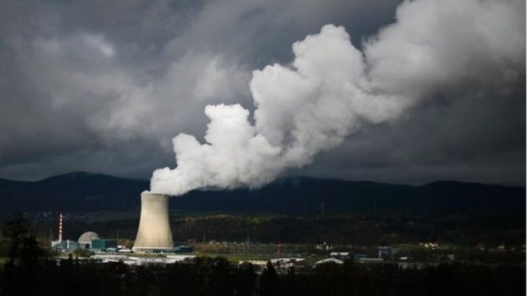 Switzerland votes on nuclear power phase out process