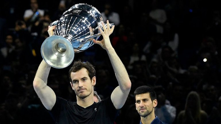 Andy Murray beats Novak Djokovic and seals world number one spot