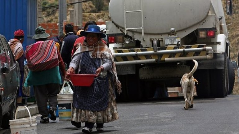 Shrinking glaciers cause state-of-emergency drought in Bolivia
