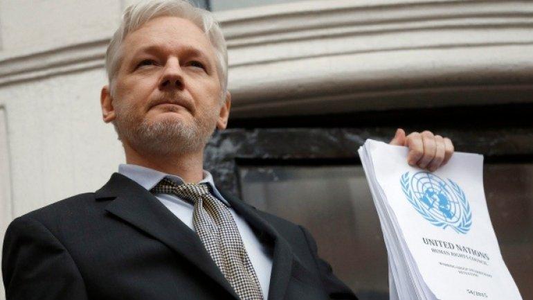 Julian Assange faces Swedish prosecutor in London over rape accusation