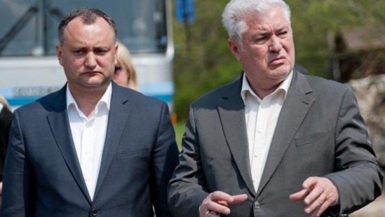 Moldovan Communists tender cold shoulder to former comrade, now President