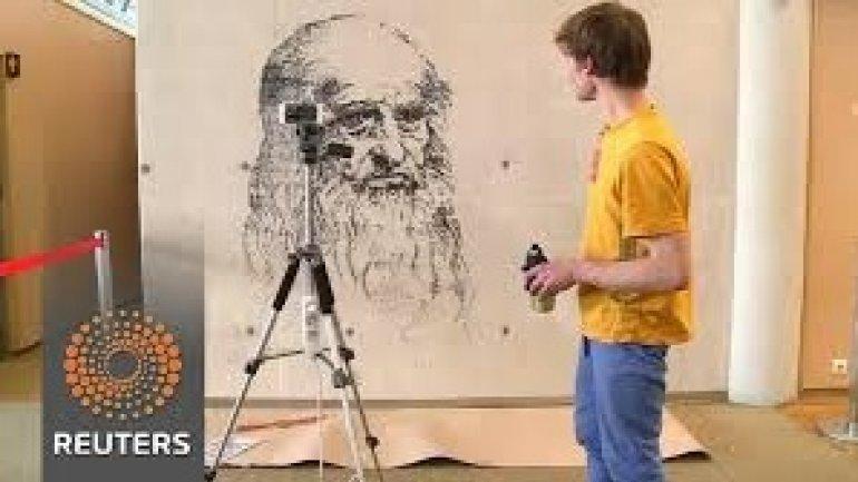 Spray print app makes everyone an artist